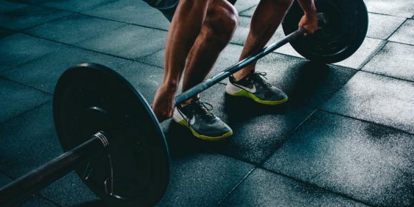 4 Razones para agregar Peso Muerto a tu entrenamiento
